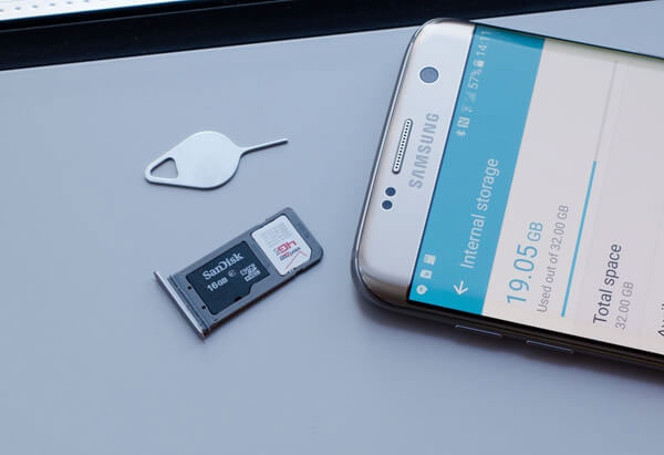 insert sd card to android phone