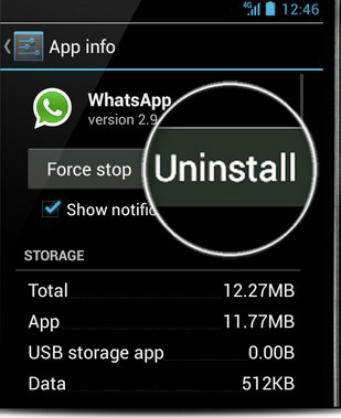 how to delete whatsapp messages from iphone